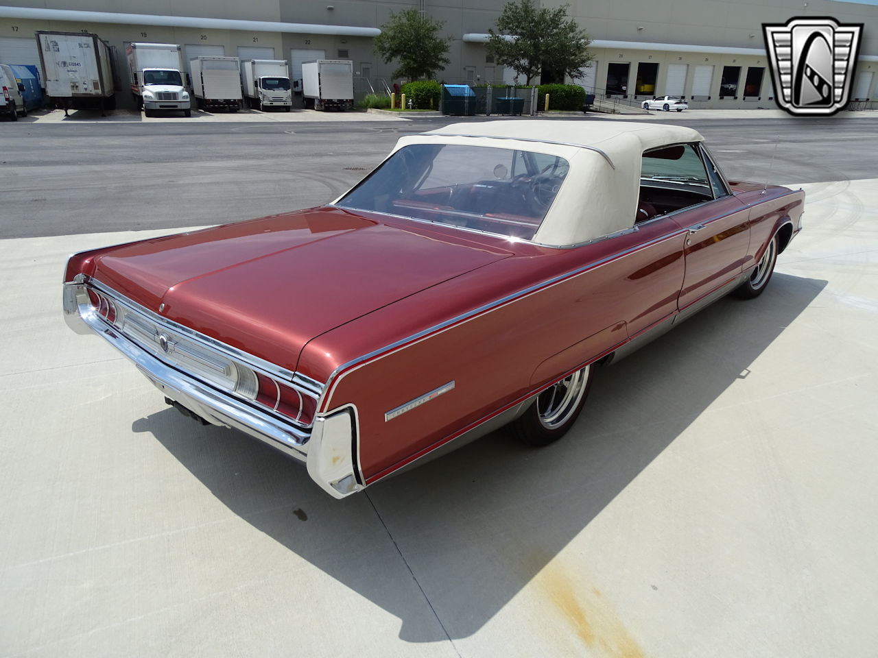 1965 Chrysler 300 33