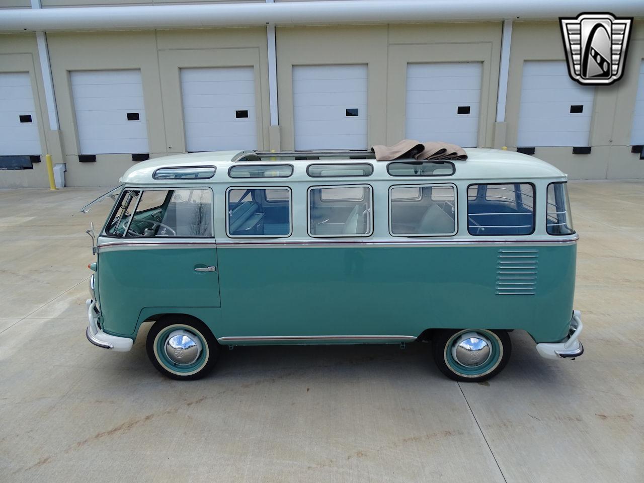 1961 Volkswagen Bus 3