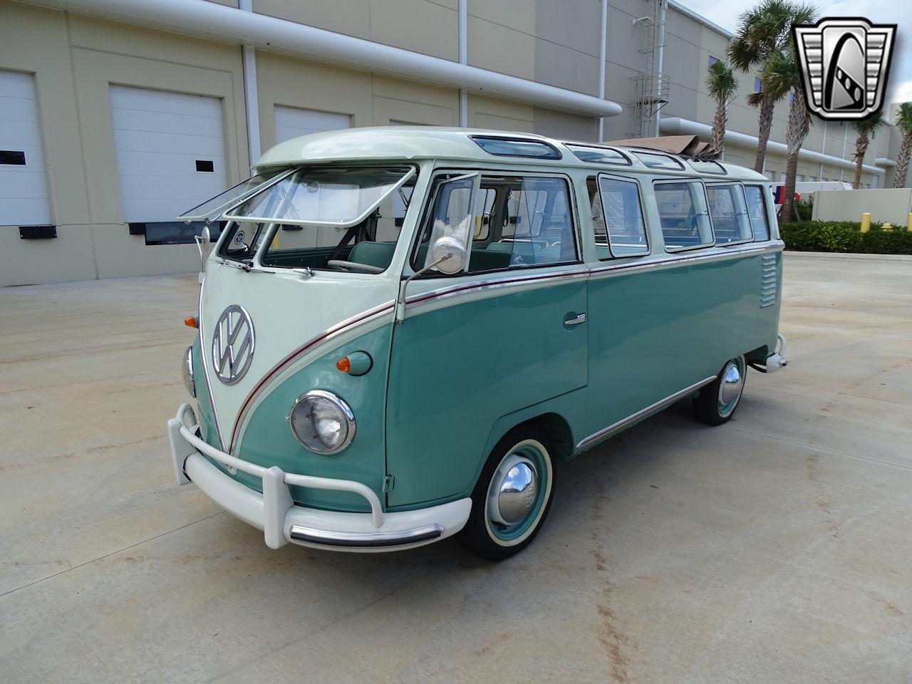 1961 Volkswagen Bus 5