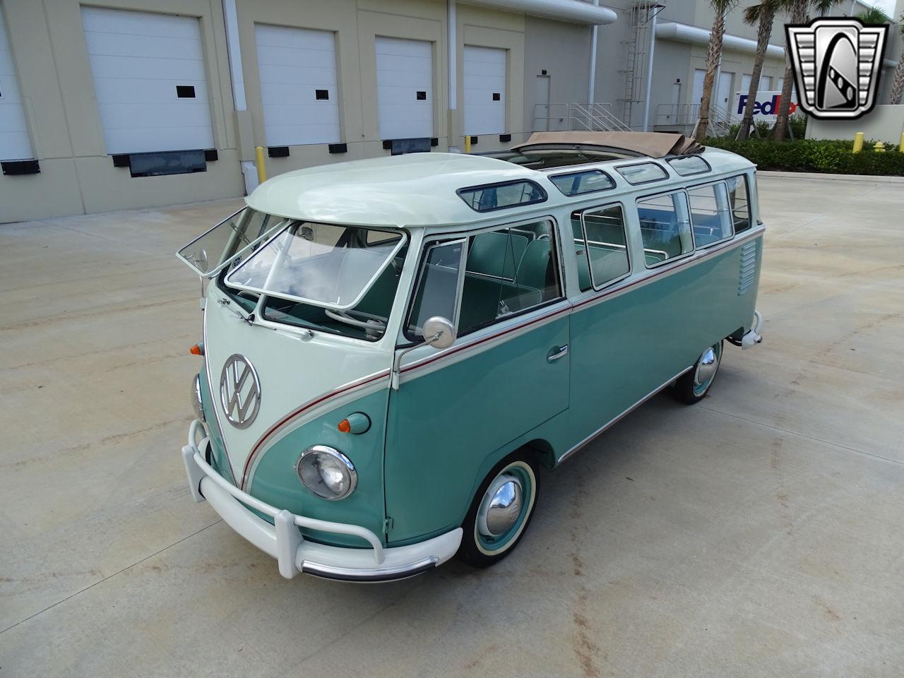 1961 Volkswagen Bus 6