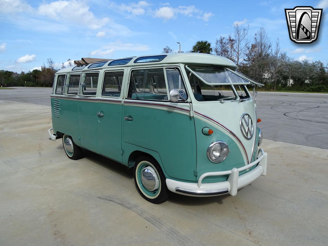 1961 Volkswagen Bus 11