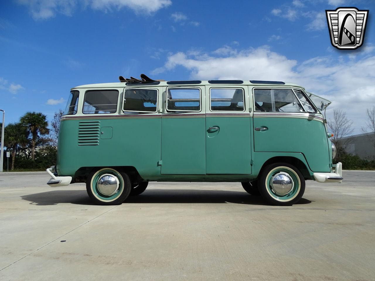 1961 Volkswagen Bus 13