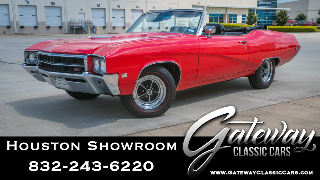 https://images.gatewayclassiccars.com/carpics/HOU/1577/1969-Buick-GS.jpg