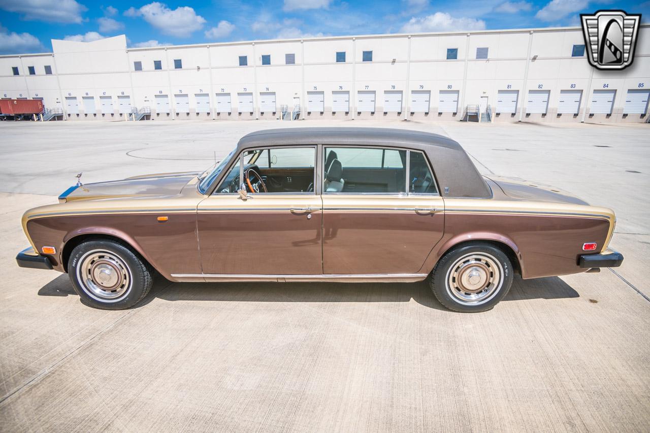 1975 Rolls Royce Silver Shadow 17