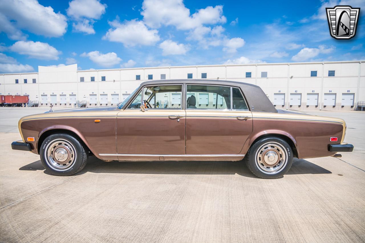 1975 Rolls Royce Silver Shadow 22