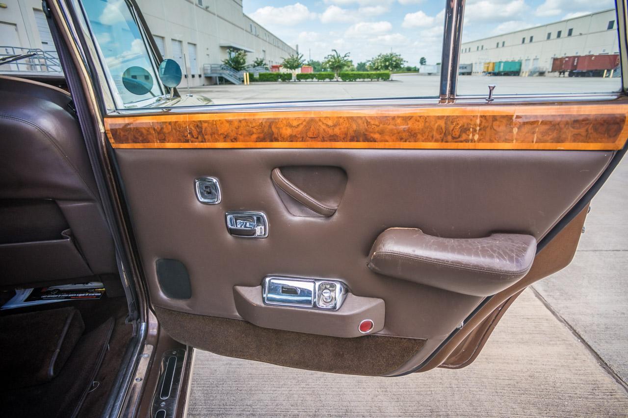 1975 Rolls Royce Silver Shadow 35