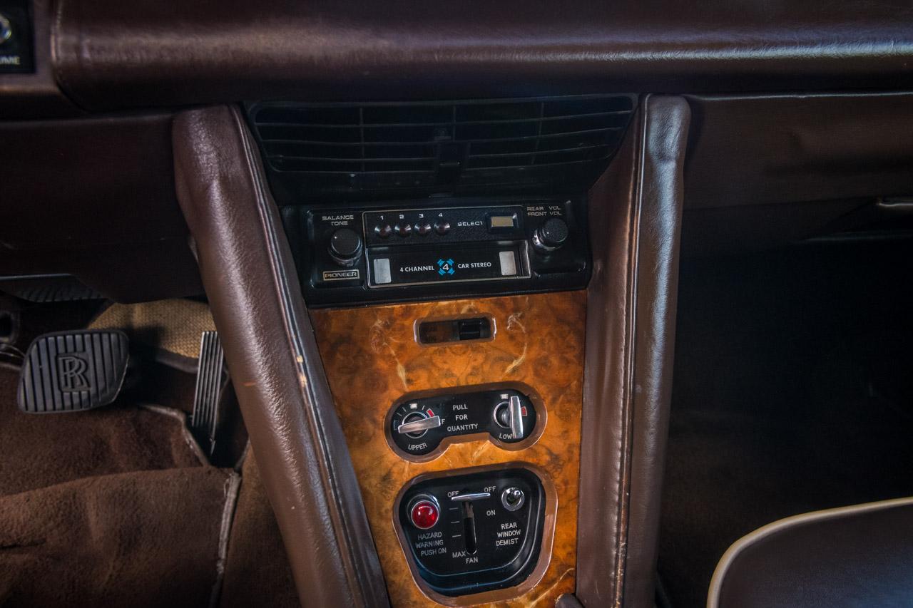 1975 Rolls Royce Silver Shadow 49