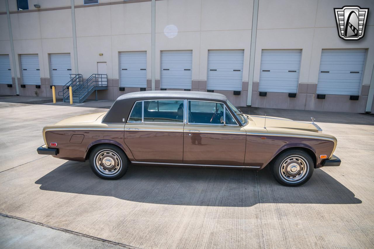 1975 Rolls Royce Silver Shadow 77