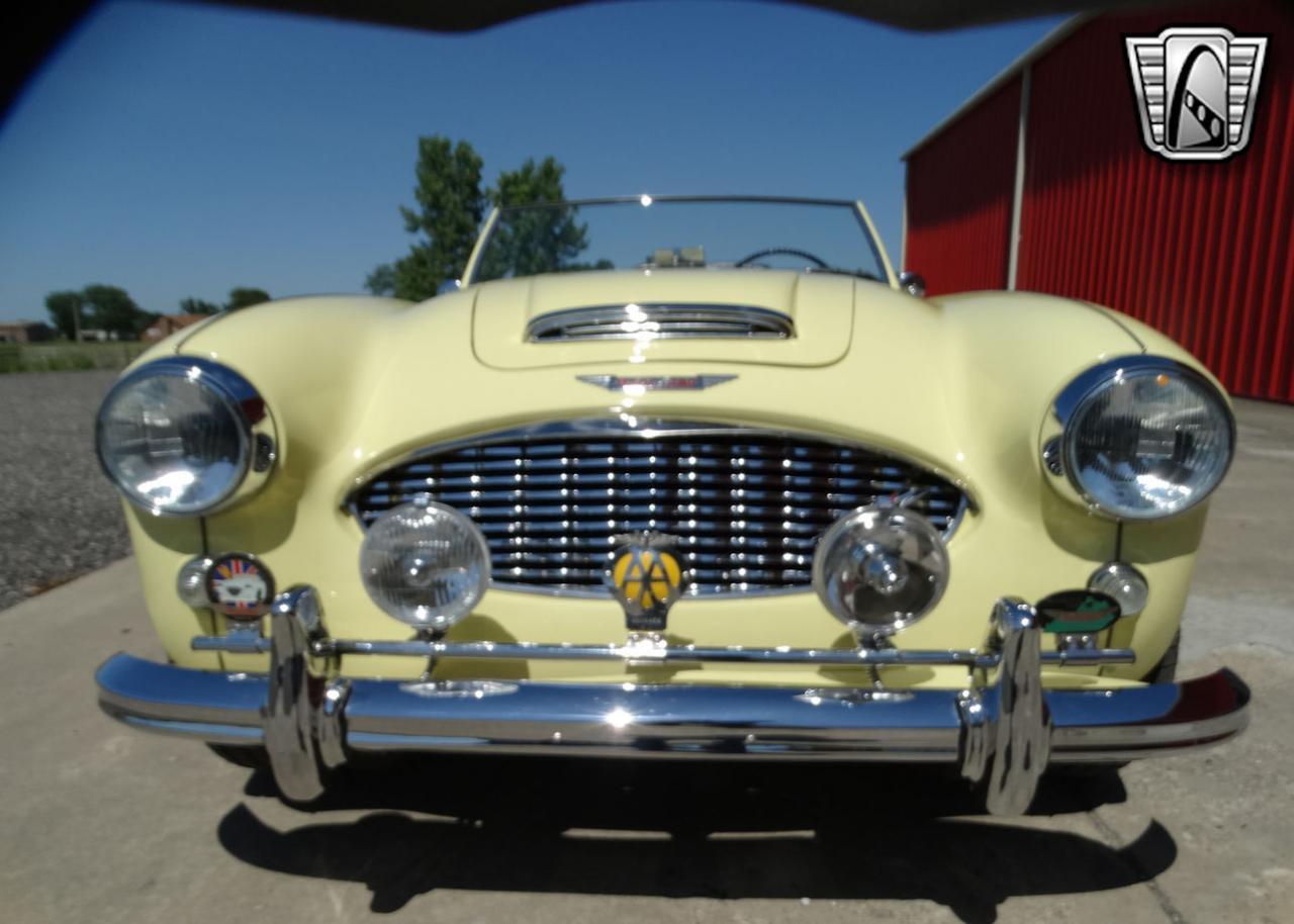 1961 Austin Healey 3000 2