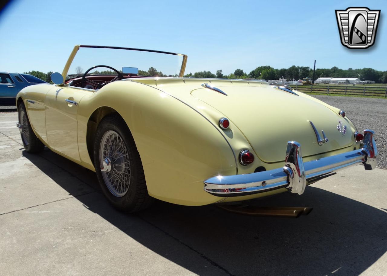 1961 Austin Healey 3000 18