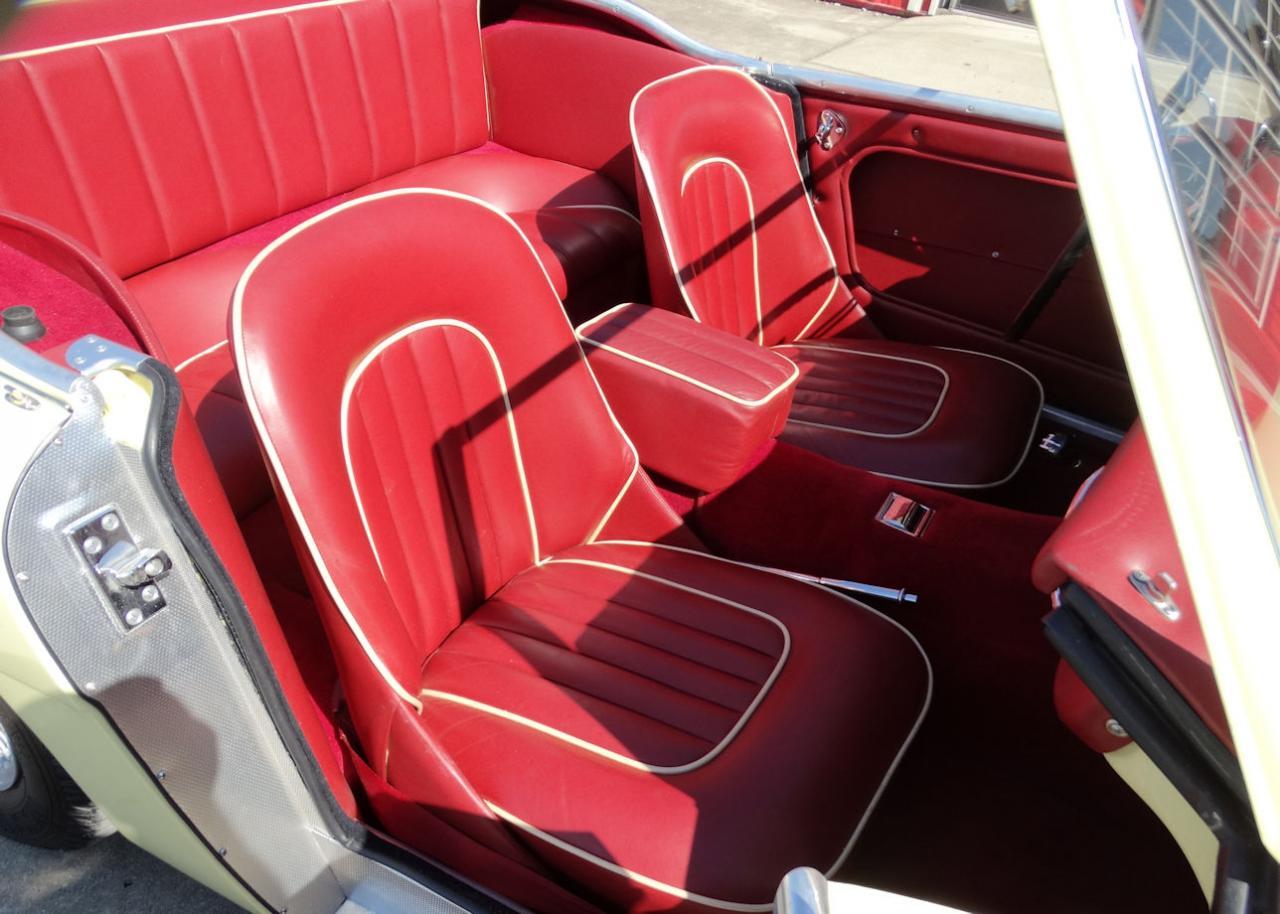 1961 Austin Healey 3000 22