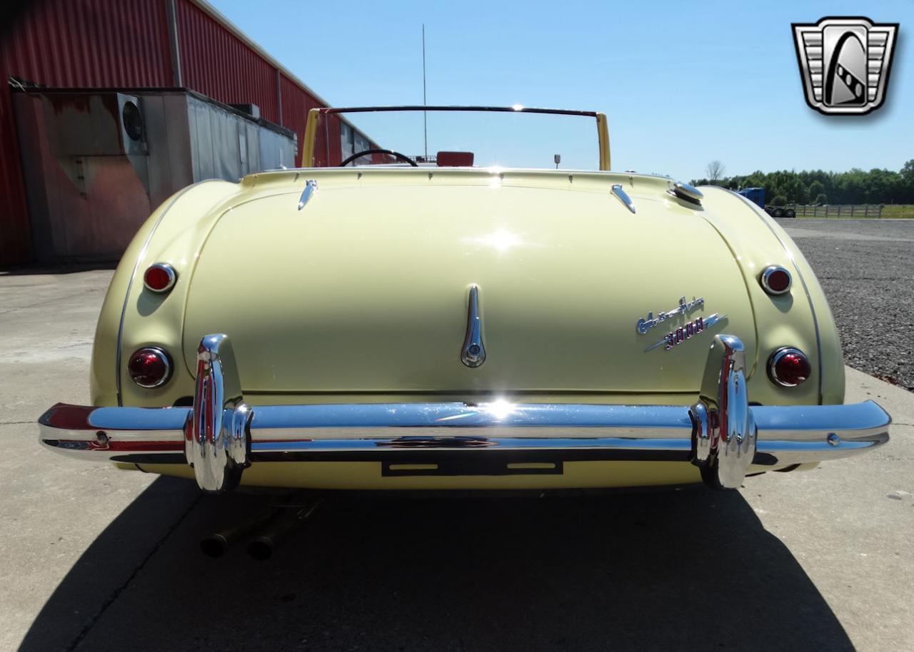 1961 Austin Healey 3000 24