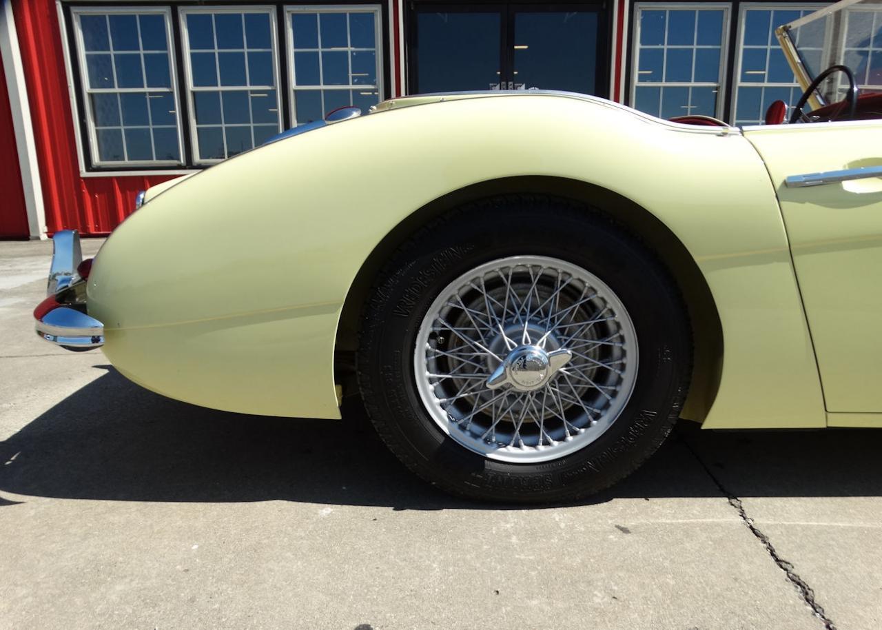 1961 Austin Healey 3000 43