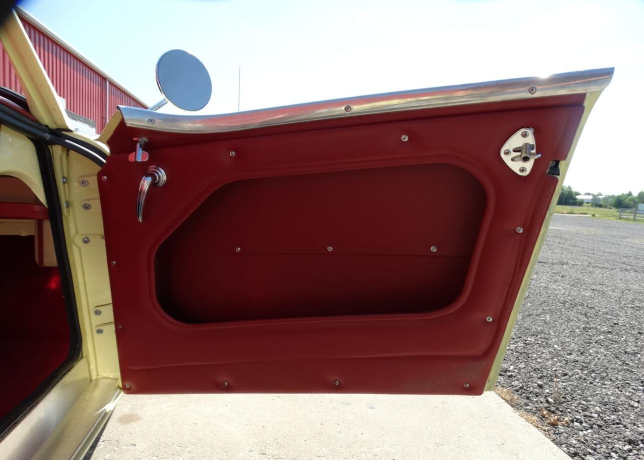 1961 Austin Healey 3000 46