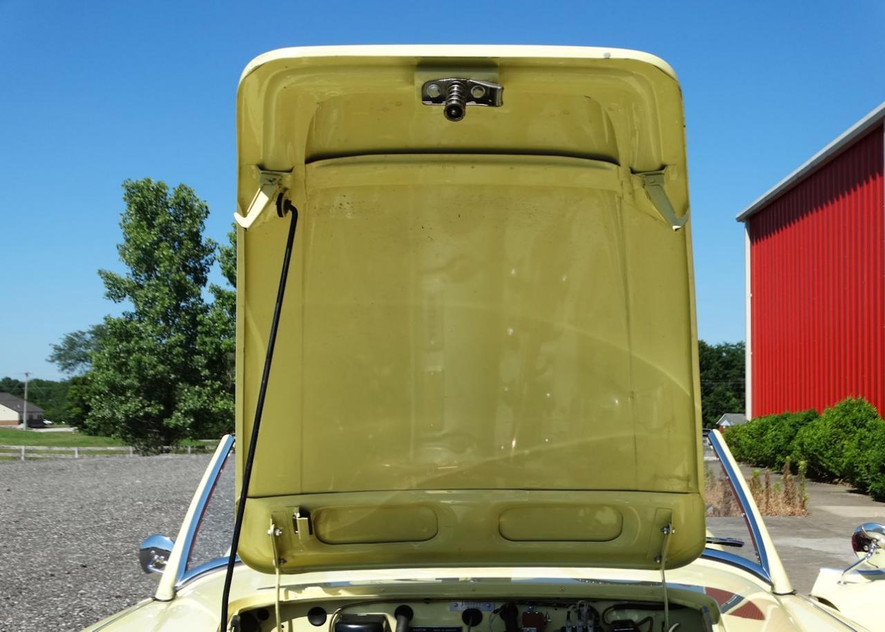 1961 Austin Healey 3000 76