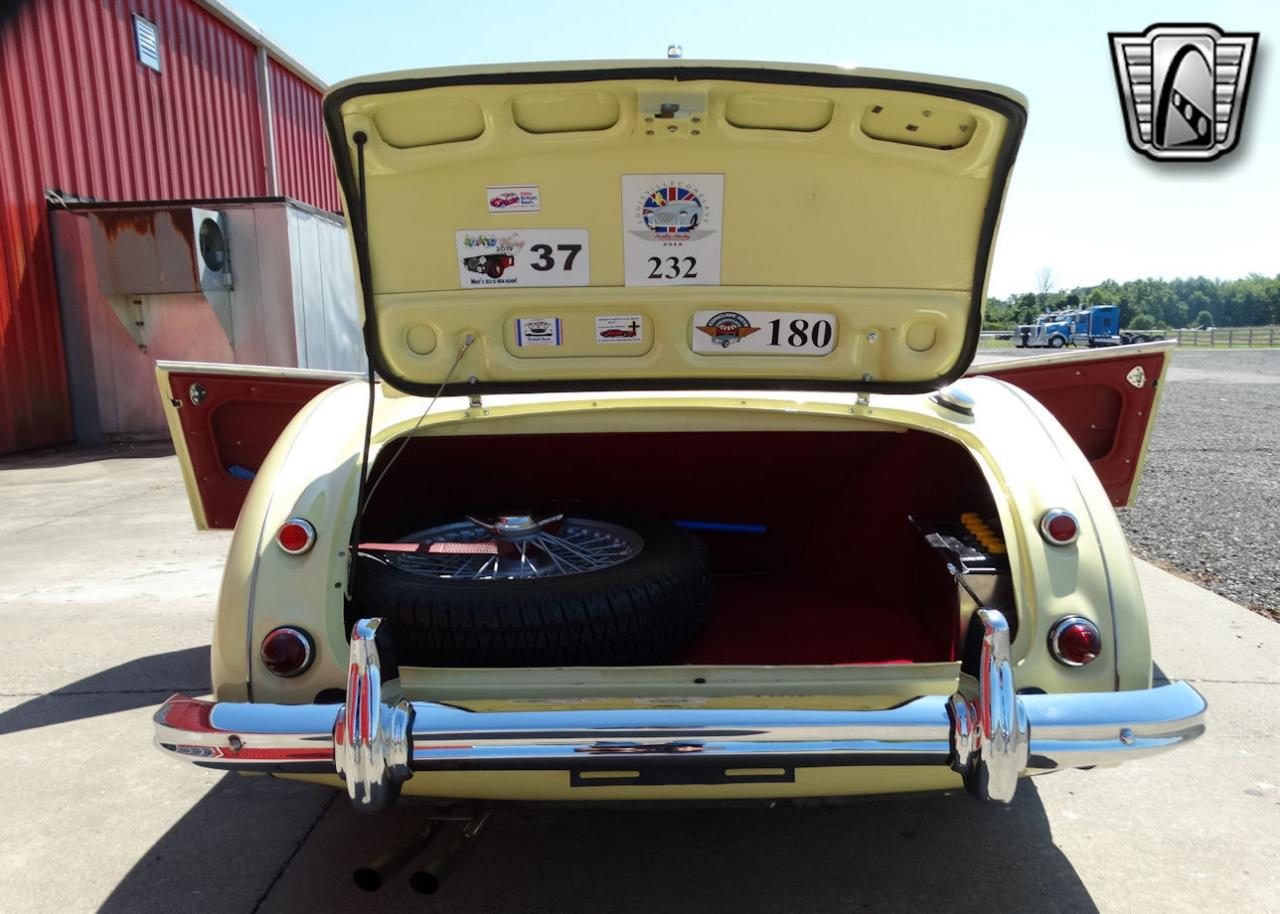 1961 Austin Healey 3000 85
