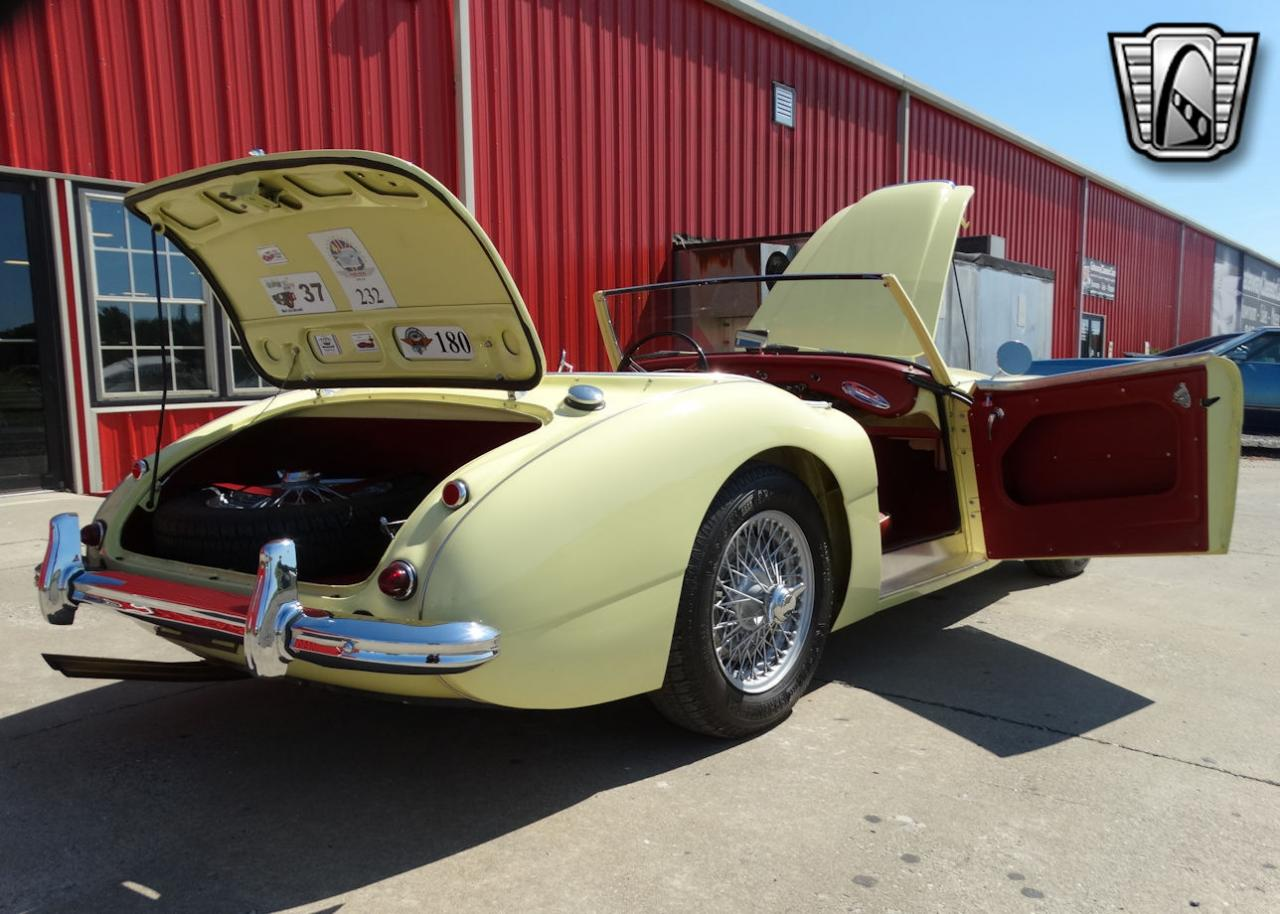 1961 Austin Healey 3000 90