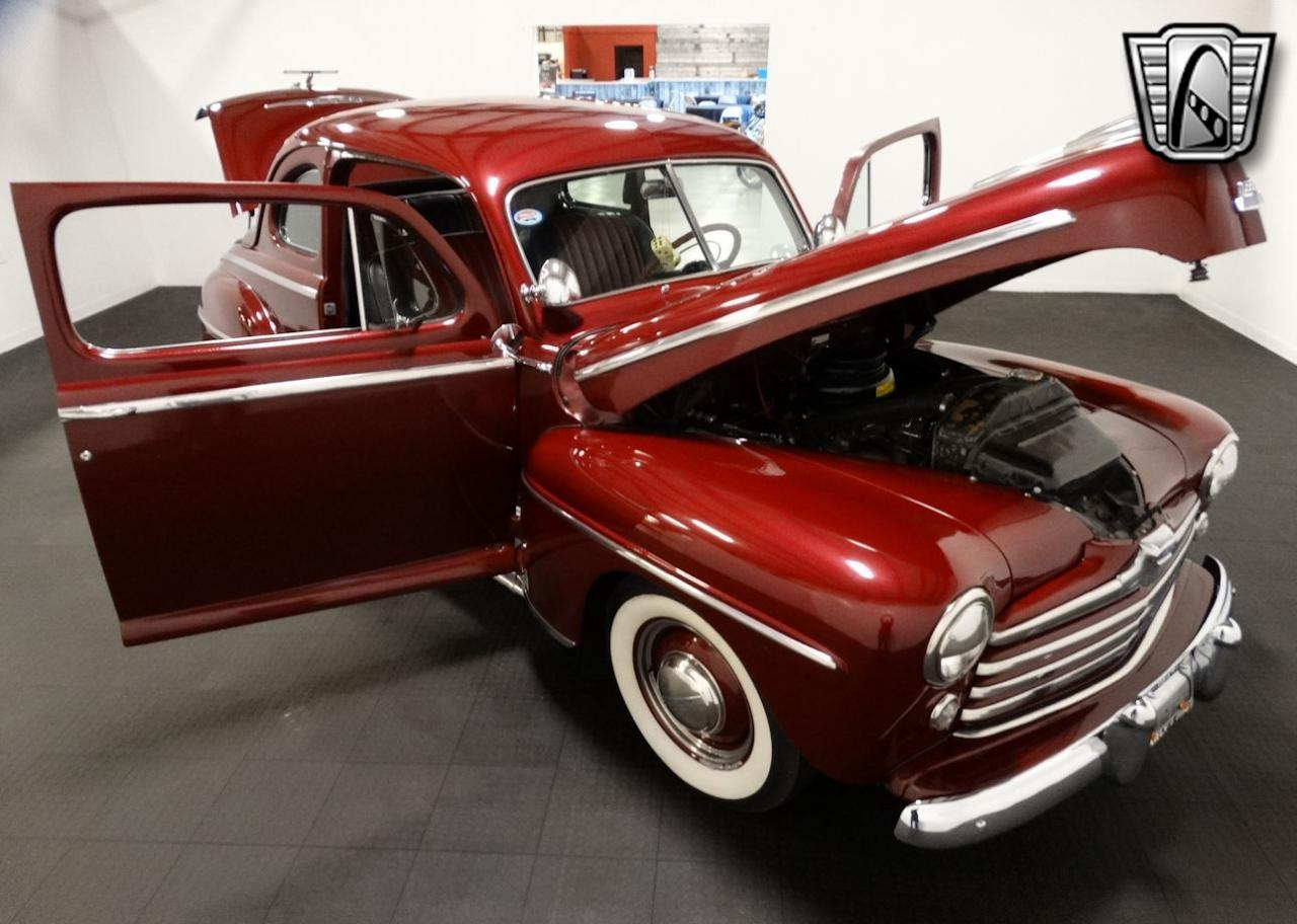 1947 Ford Coupe 18