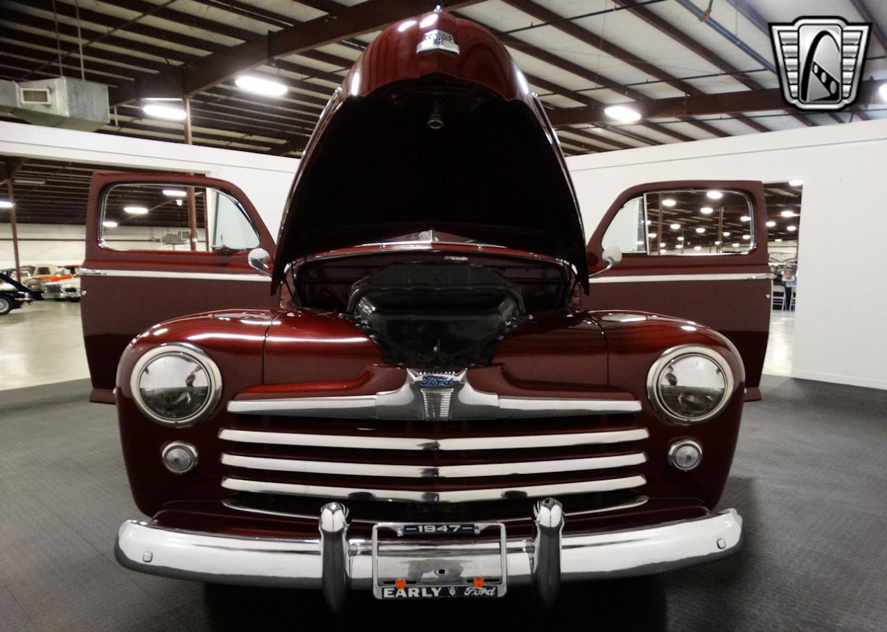 1947 Ford Coupe 52