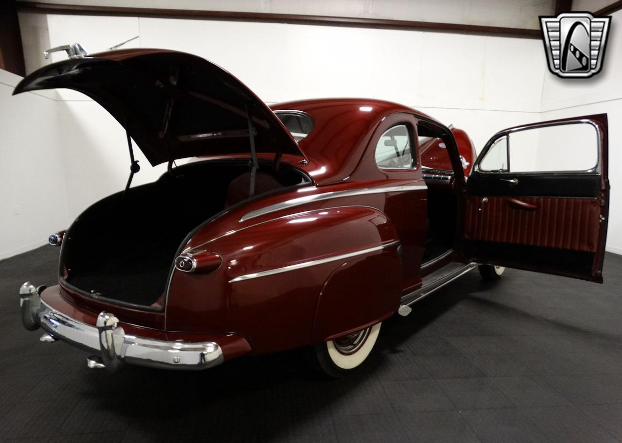 1947 Ford Coupe 77