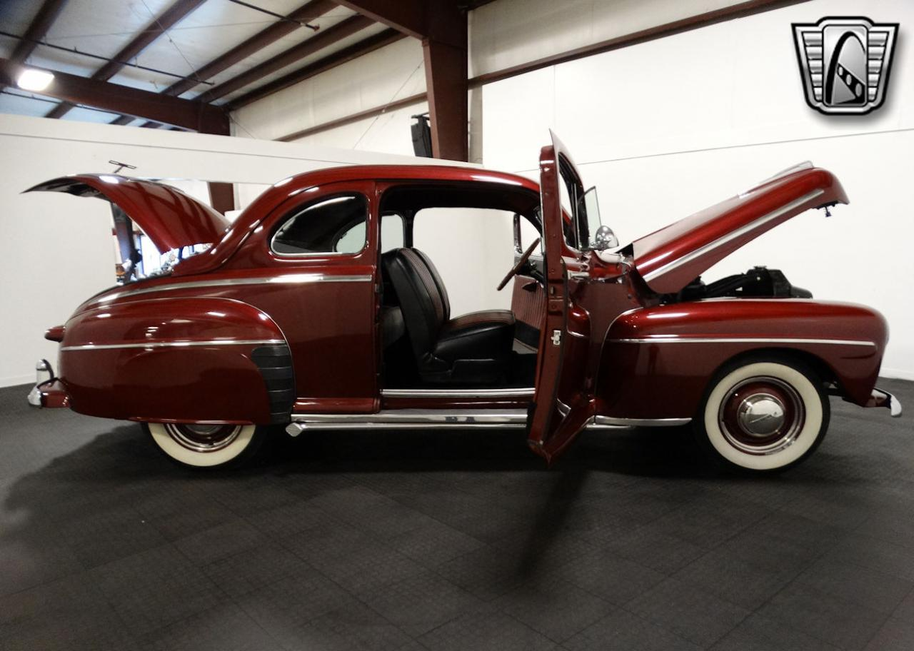 1947 Ford Coupe 81
