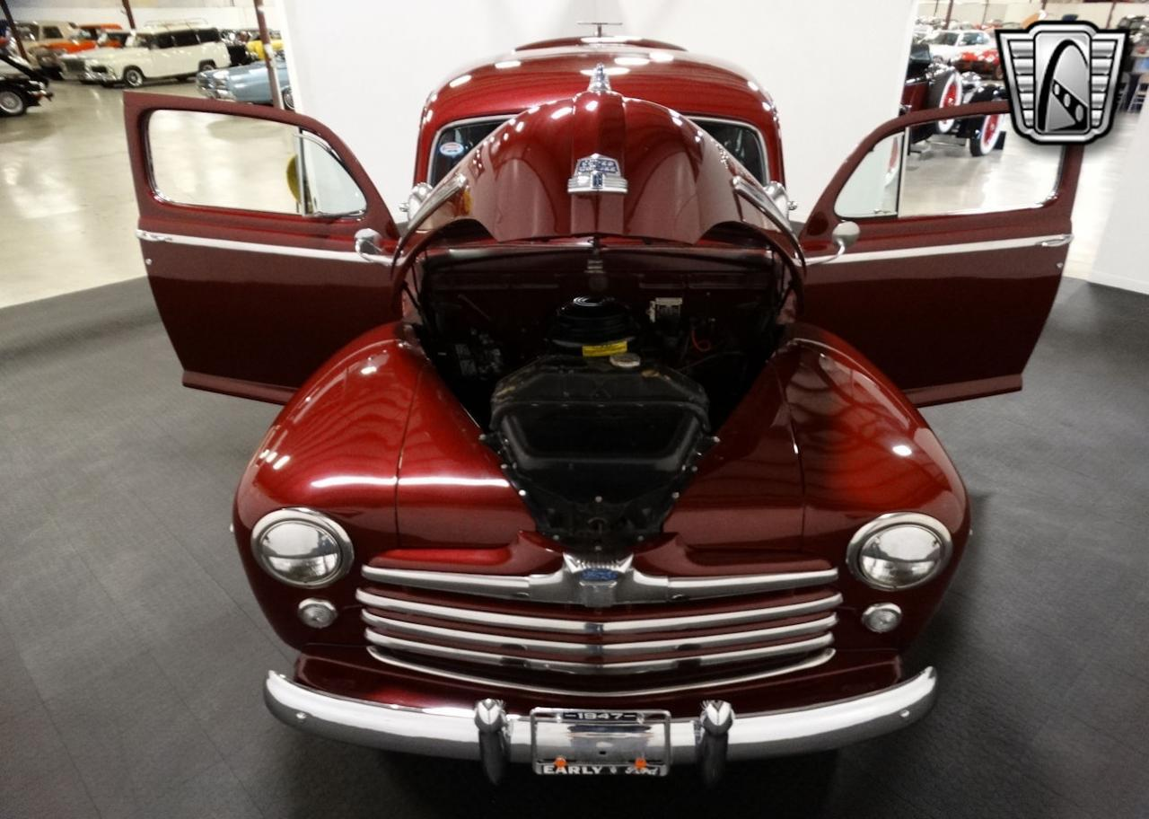 1947 Ford Coupe 89