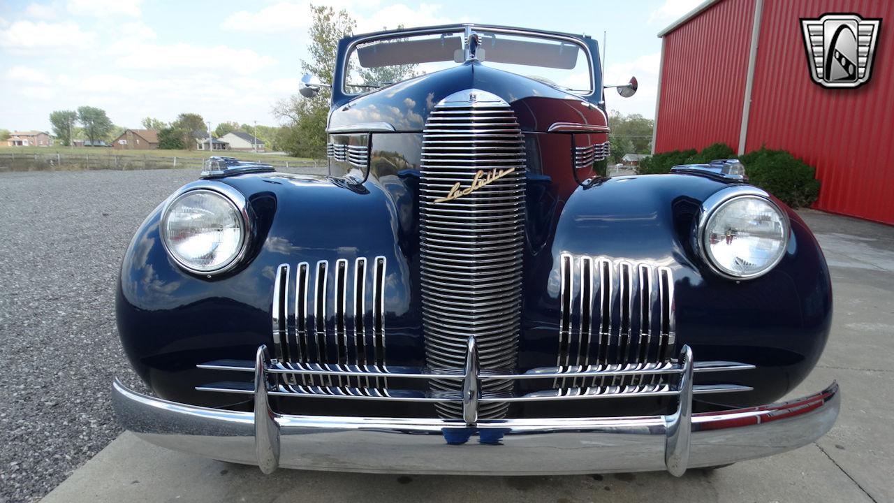 1940 Cadillac LaSalle 2