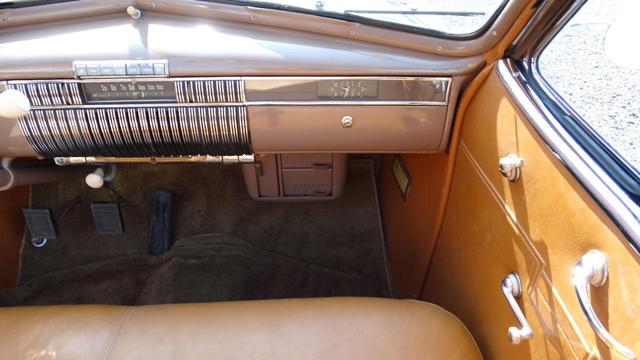 1940 Cadillac LaSalle 5
