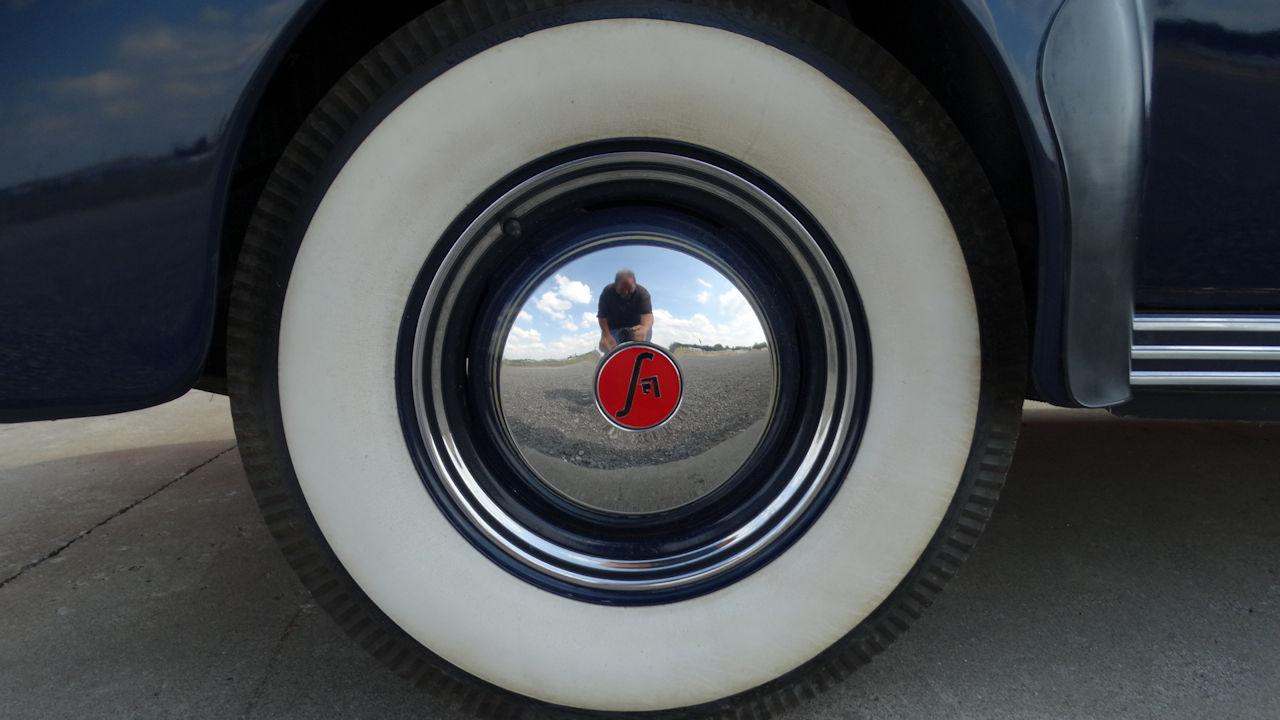 1940 Cadillac LaSalle 83