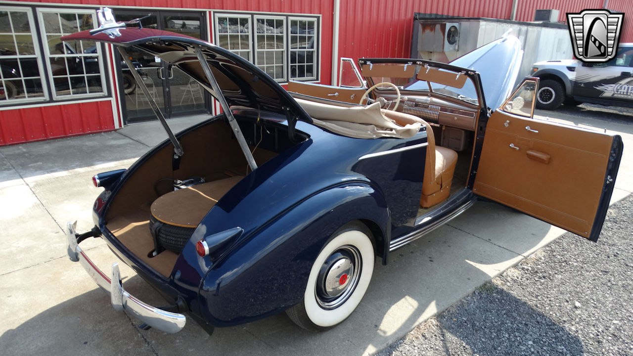 1940 Cadillac LaSalle 19