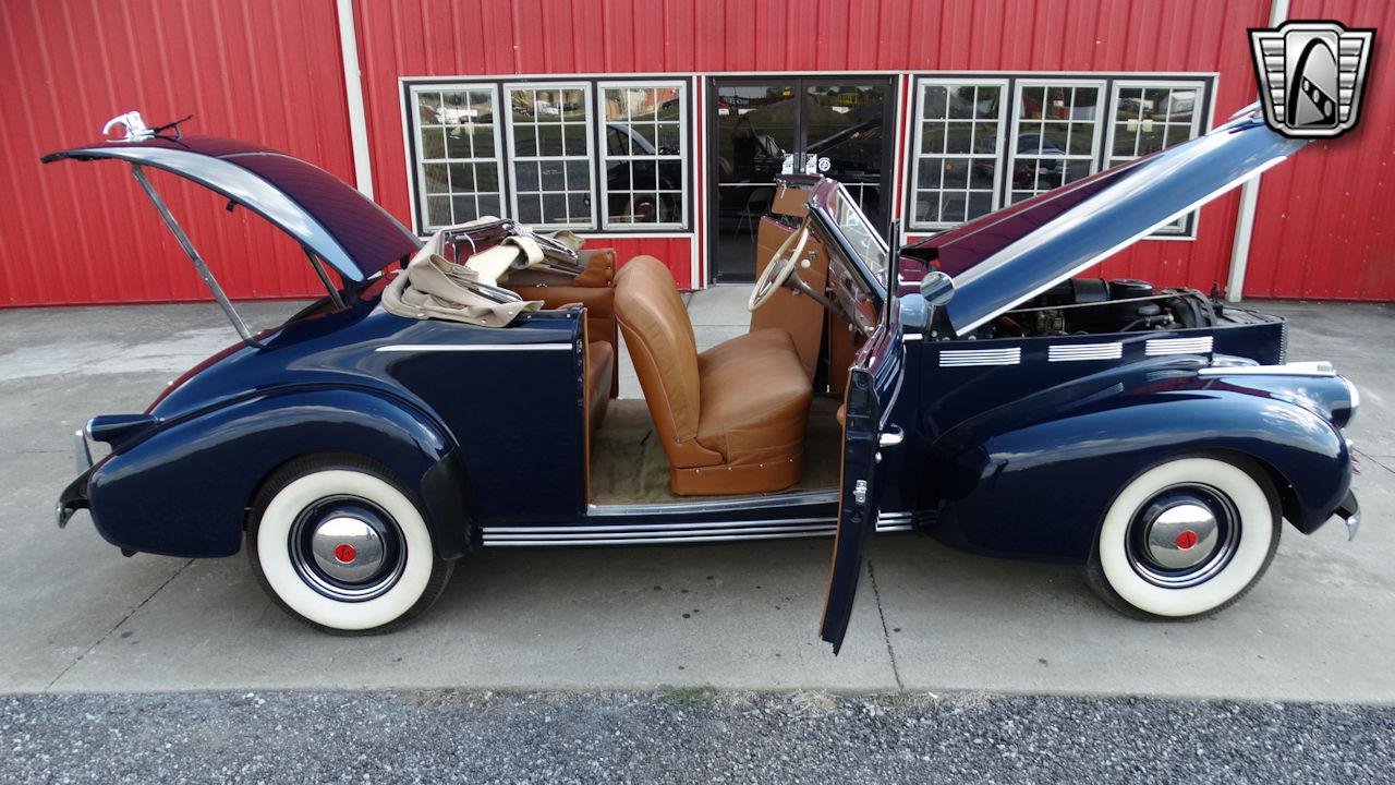 1940 Cadillac LaSalle 24