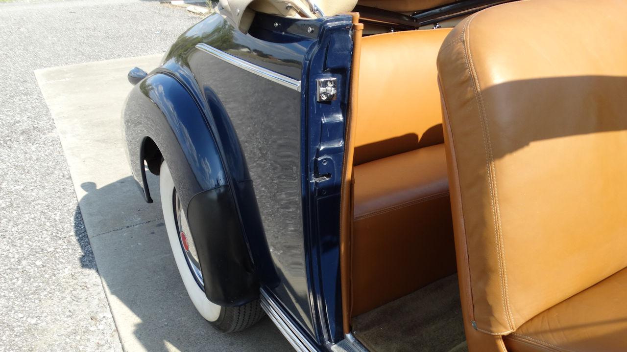 1940 Cadillac LaSalle 26