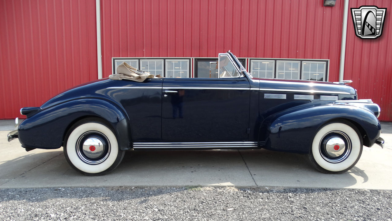 1940 Cadillac LaSalle 32