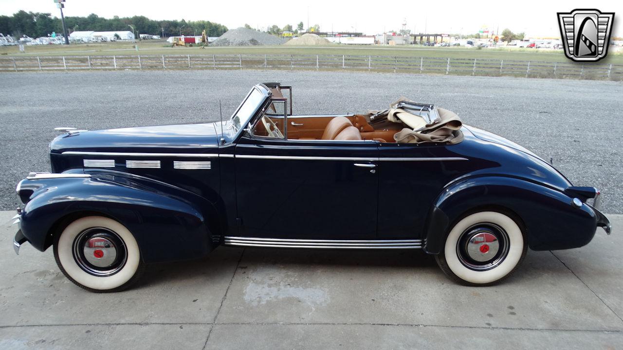 1940 Cadillac LaSalle 52