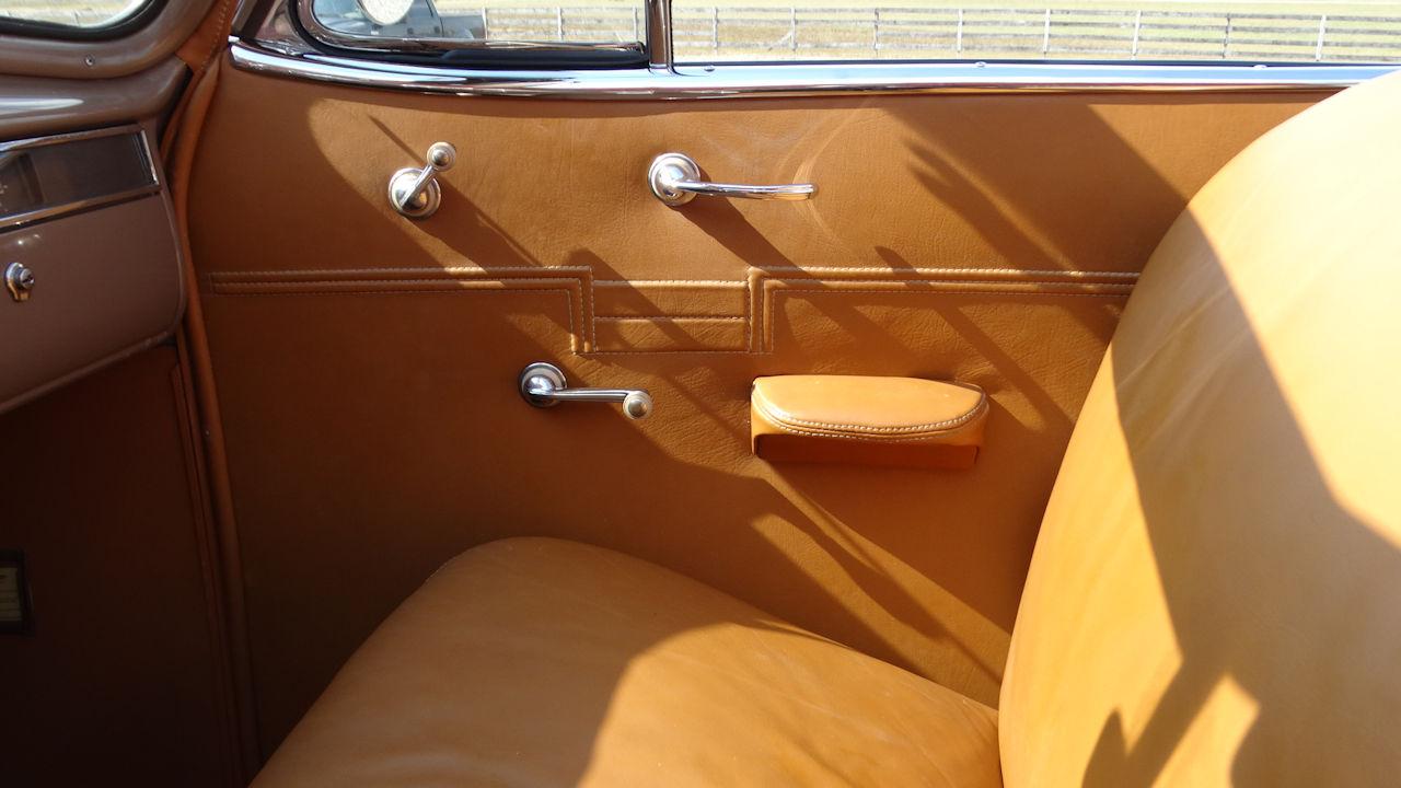 1940 Cadillac LaSalle 64