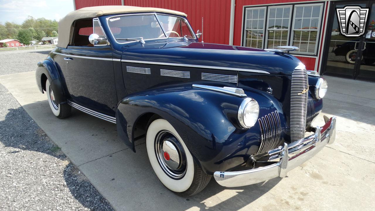 1940 Cadillac LaSalle 68