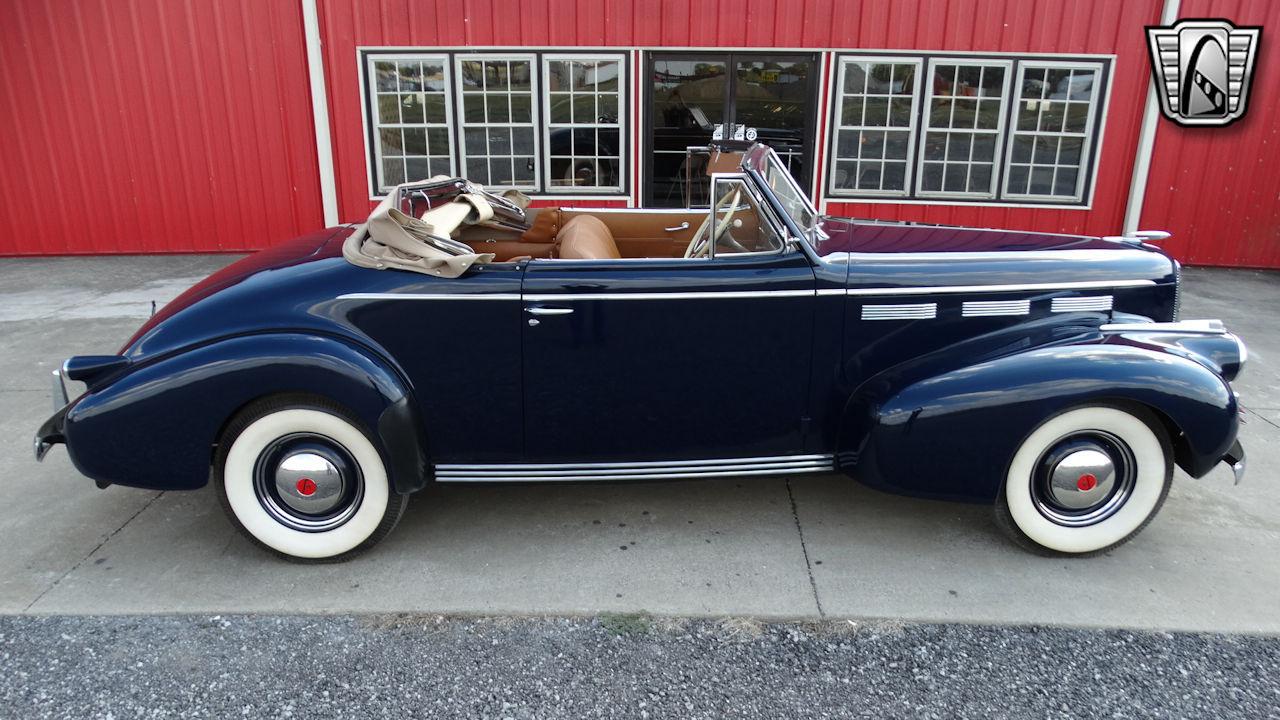 1940 Cadillac LaSalle 71