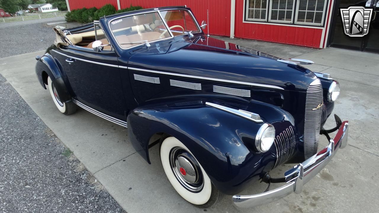 1940 Cadillac LaSalle 76