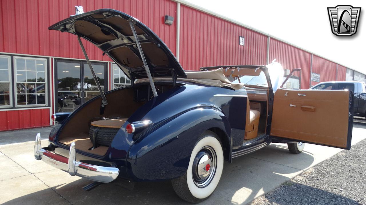 1940 Cadillac LaSalle 81