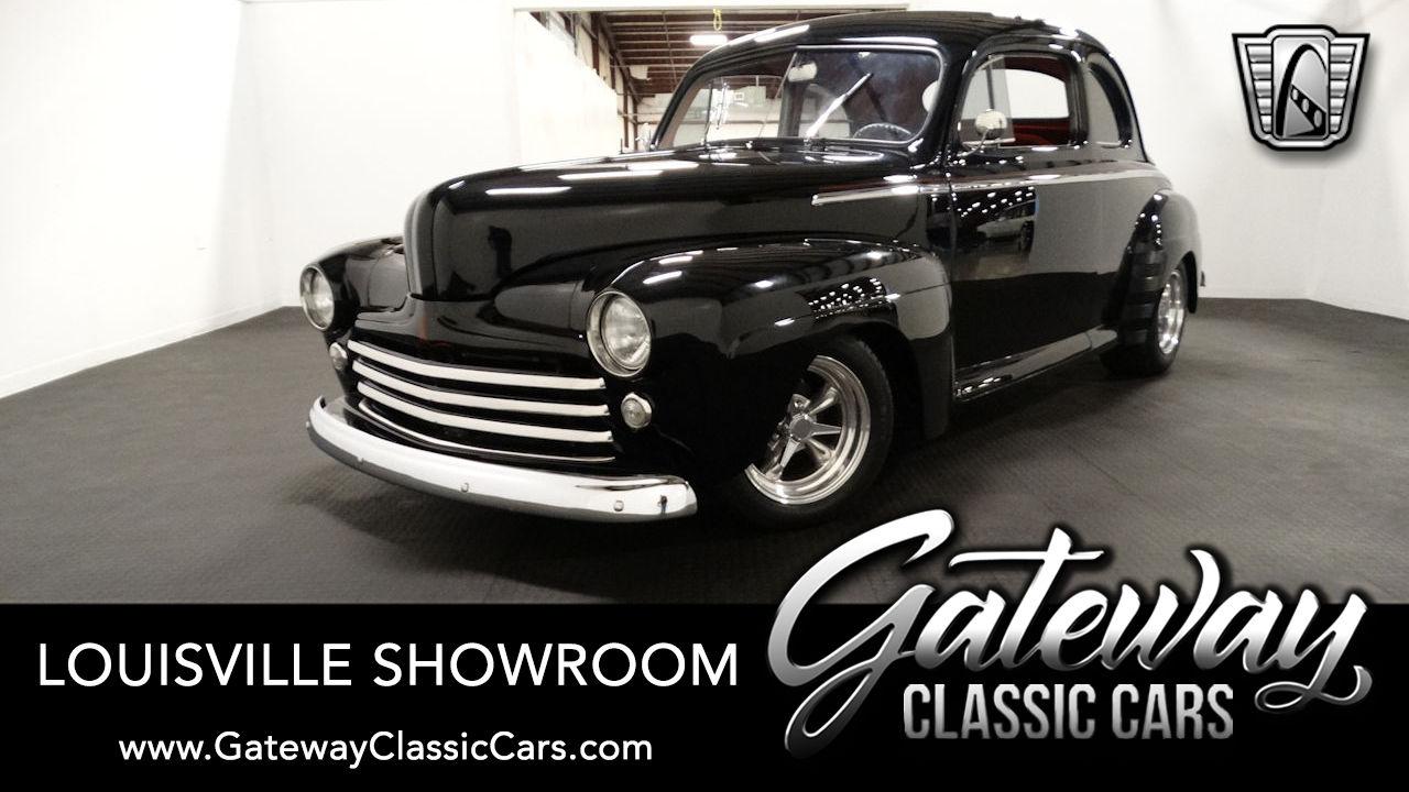 https://images.gatewayclassiccars.com/carpics/LOU/2253/1948-Ford-Super-Deluxe.jpg