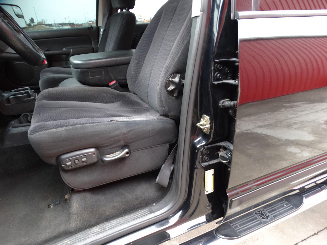 2005 Dodge Ram 55