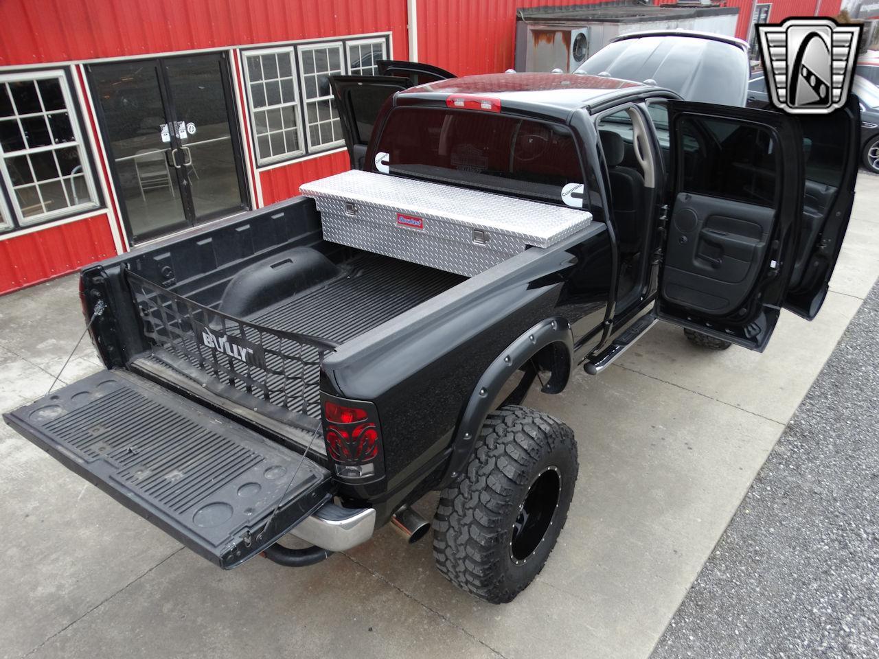 2005 Dodge Ram 61