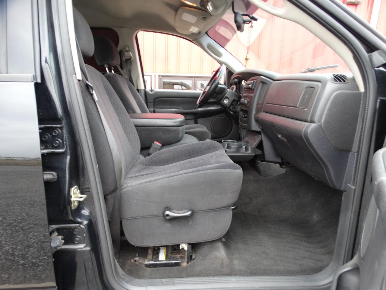 2005 Dodge Ram 80