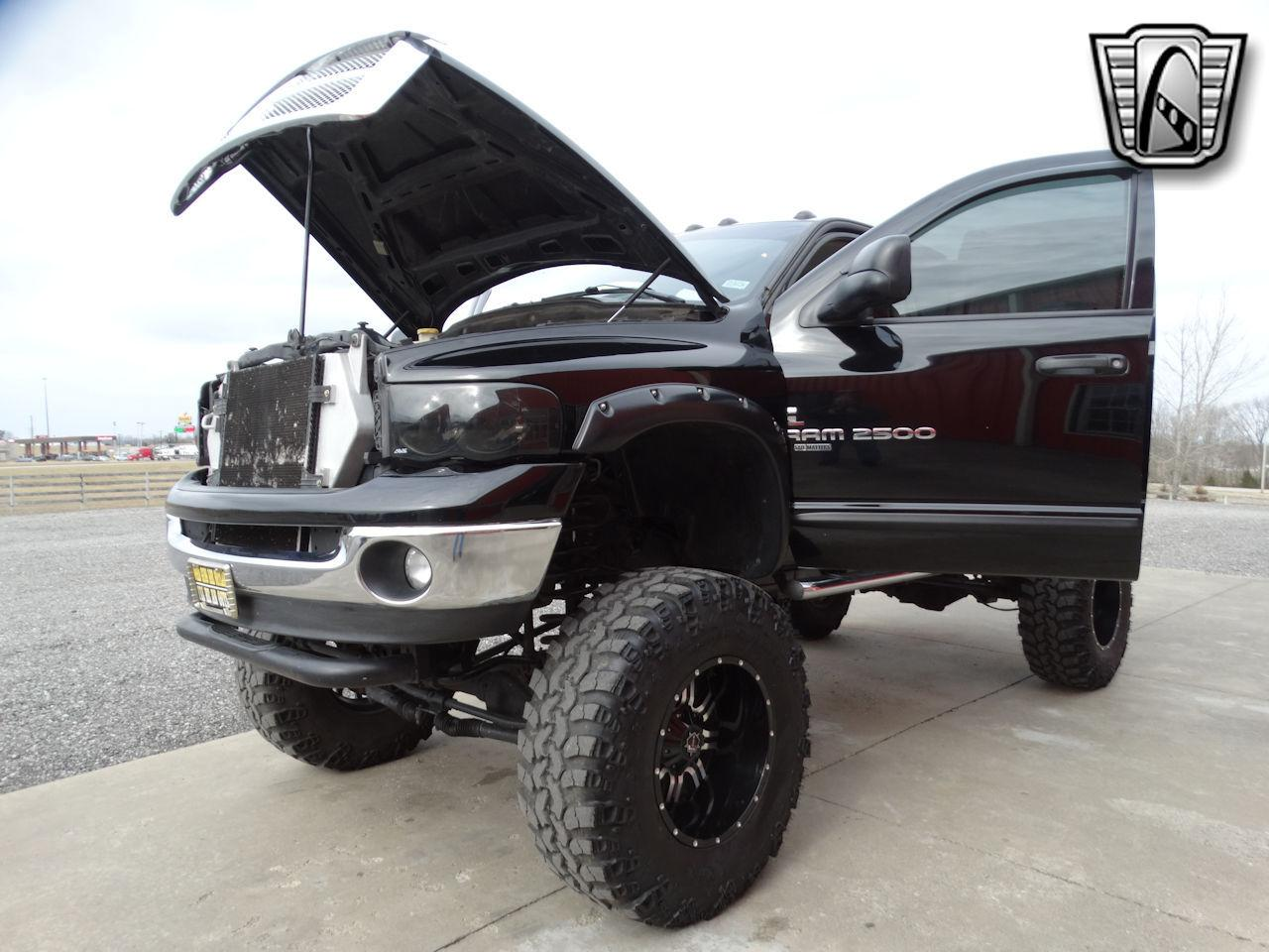 2005 Dodge Ram 82