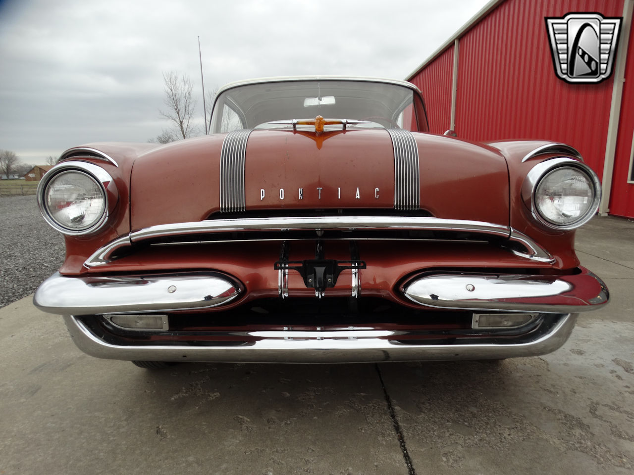 1955 Pontiac Star Chief 2