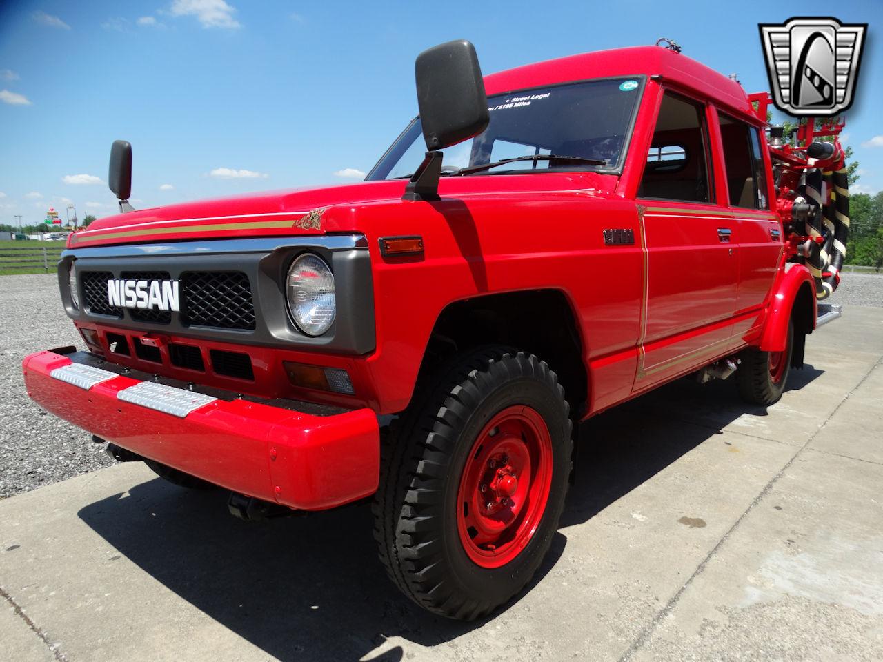 1991 ニッサン サファリ 消防車 4x4