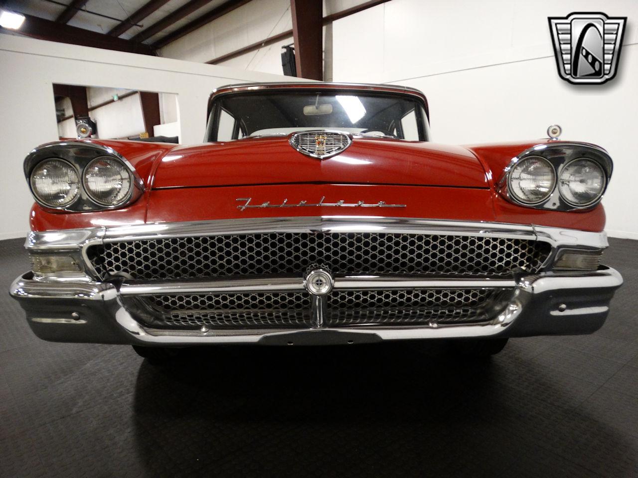 1958 Ford Fairlane 2