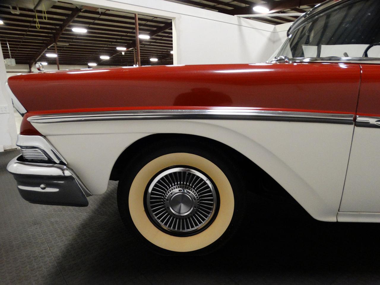 1958 Ford Fairlane 43