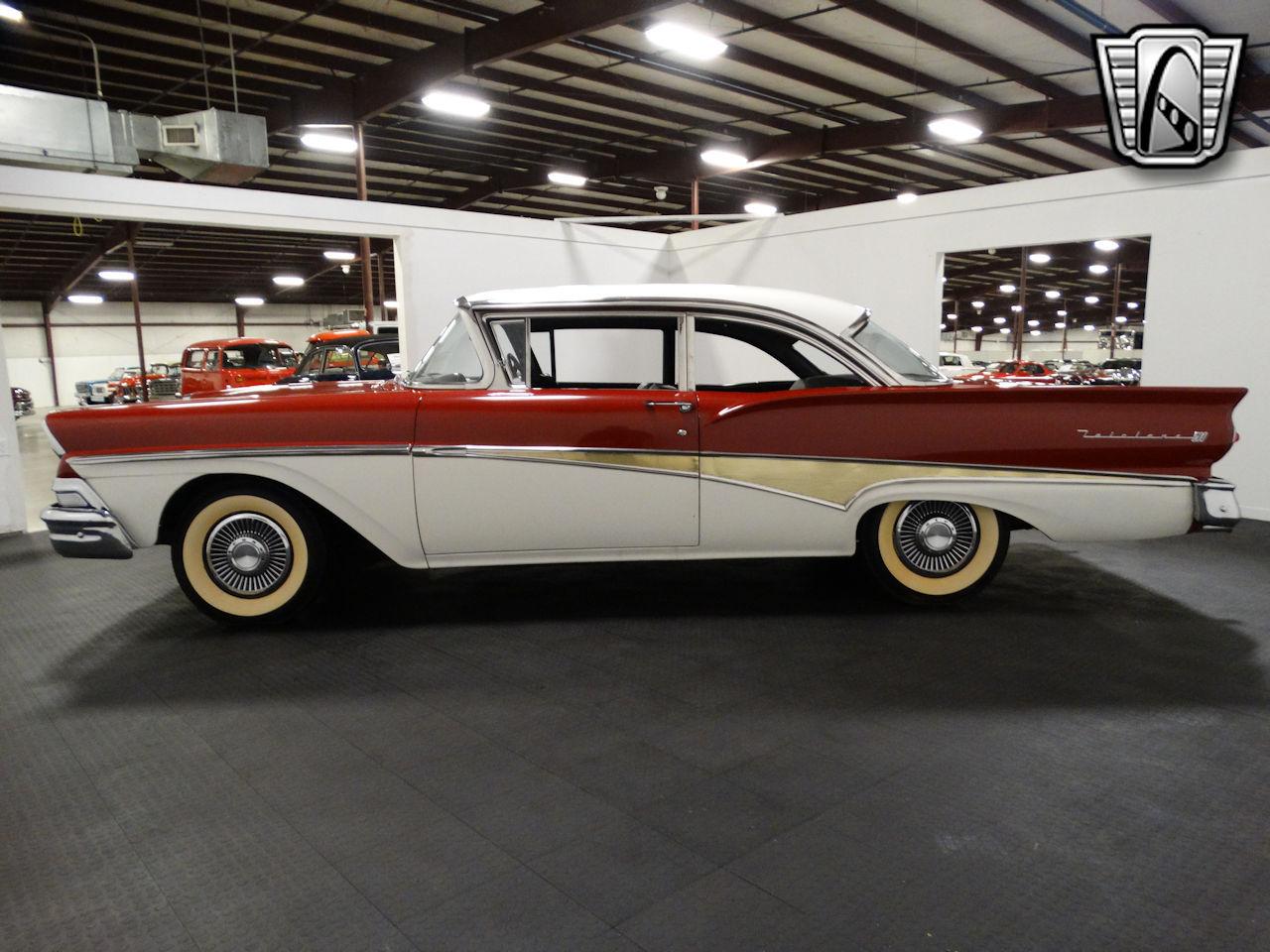 1958 Ford Fairlane 4