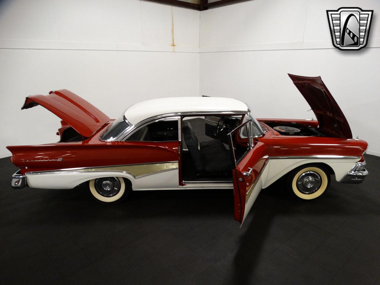 1958 Ford Fairlane 70